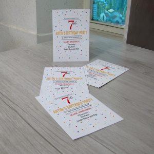 قیمت آنلاین و سفارش چاپ آنلاین کارت دعوت جشن تولد بدون محدودیت تیراژ